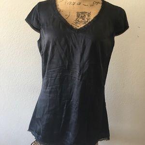 Elie Tahari Solid black silk blouse/top med